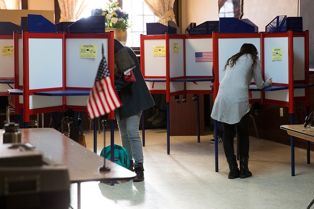 Tufts students voting