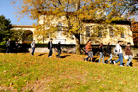 Students walking through Tufts campus